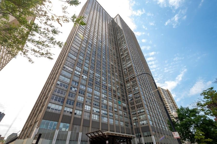 655 W IRVING PARK Road #804, Chicago, IL 60613 - #: 11039138