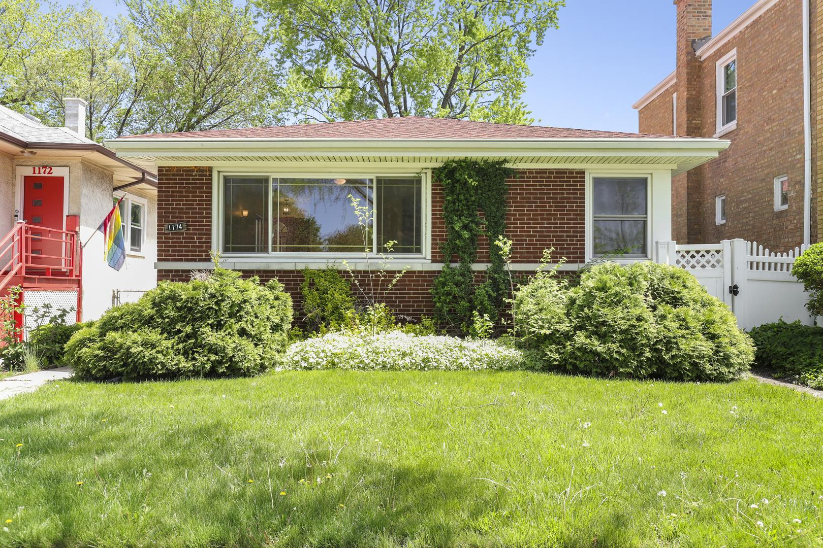 1174 S Maple Avenue, Oak Park, IL 60304 - #: 11080139