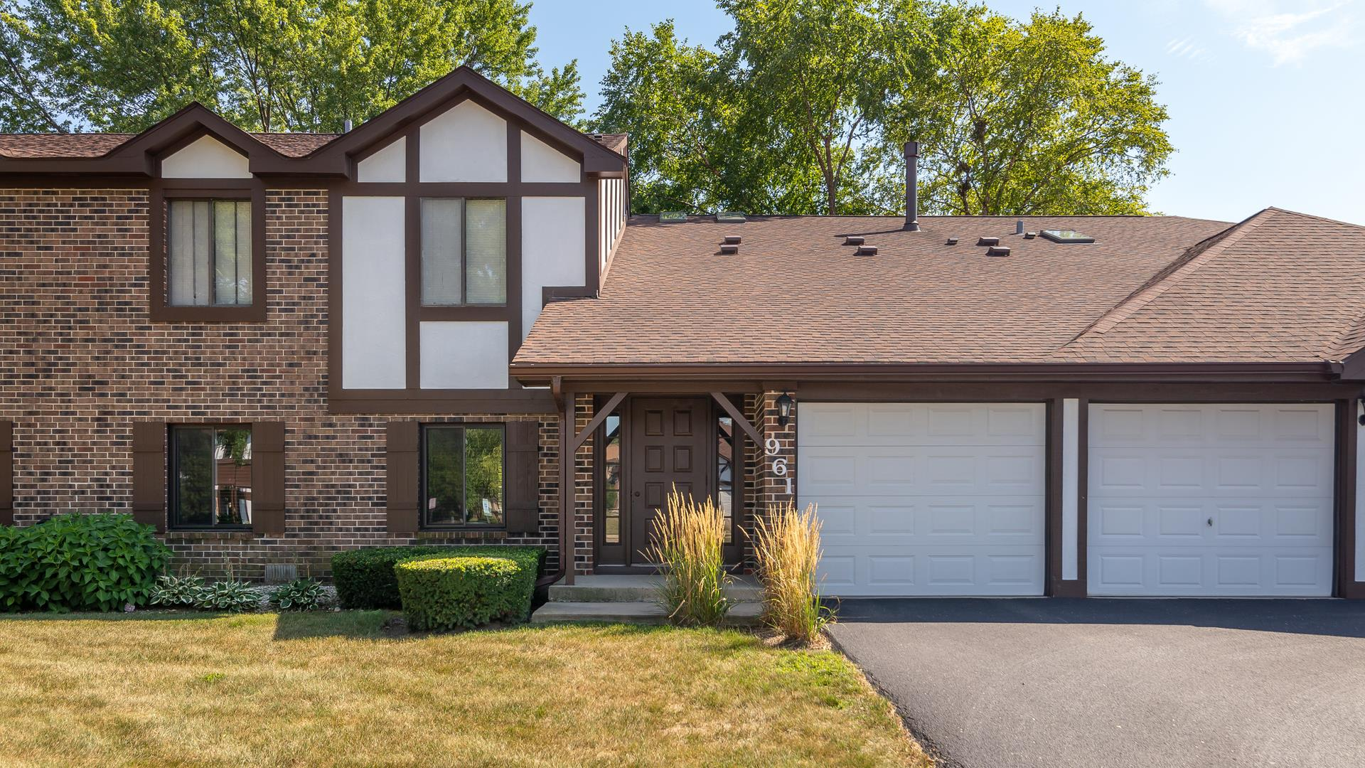 961 Cumberland Court #B1, Roselle, IL 60172 - #: 10819142