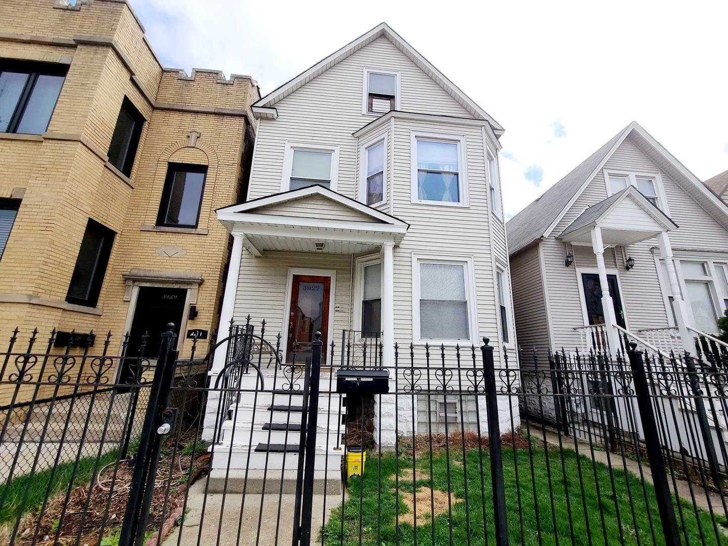 3927 N Whipple Street, Chicago, IL 60618 - #: 11064149