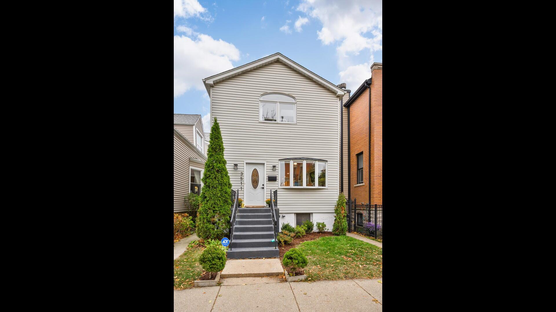 3511 N Hoyne Avenue, Chicago, IL 60618 - #: 10913150