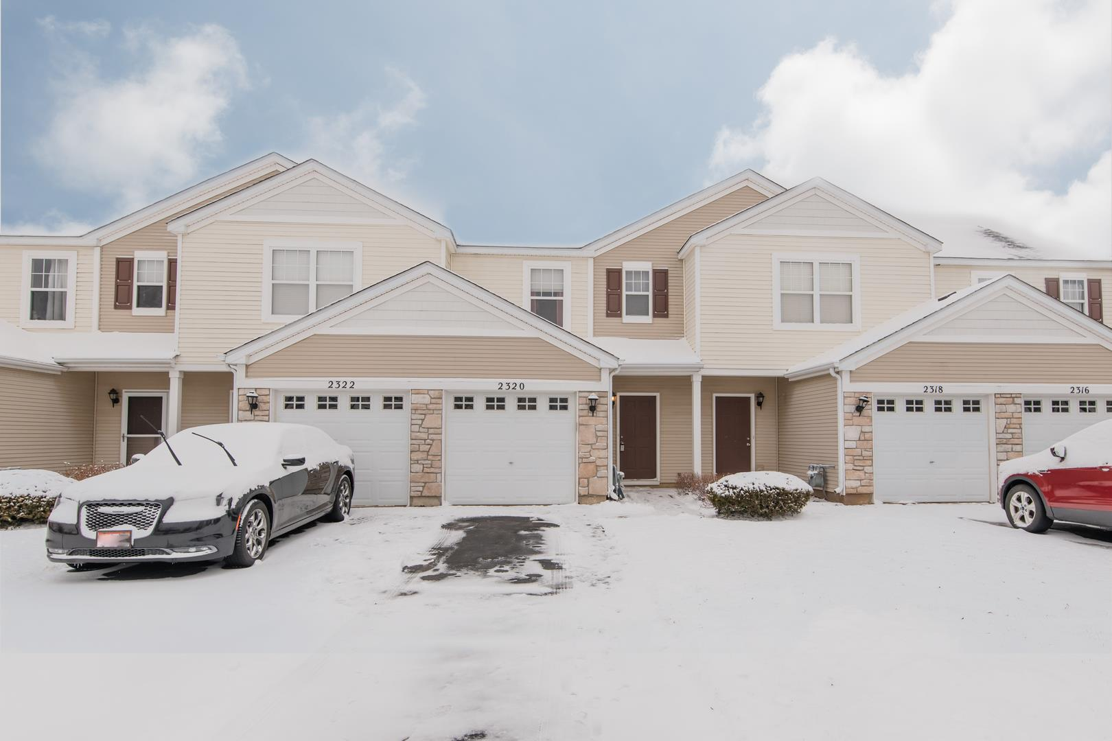 2320 Flagstone Lane, Carpentersville, IL 60110 - #: 10978152