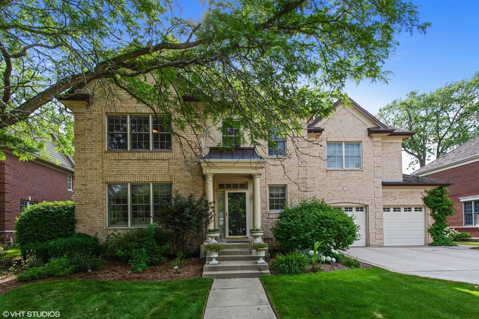 1318 Bennington Court, Glenview, IL 60026 - #: 10816153