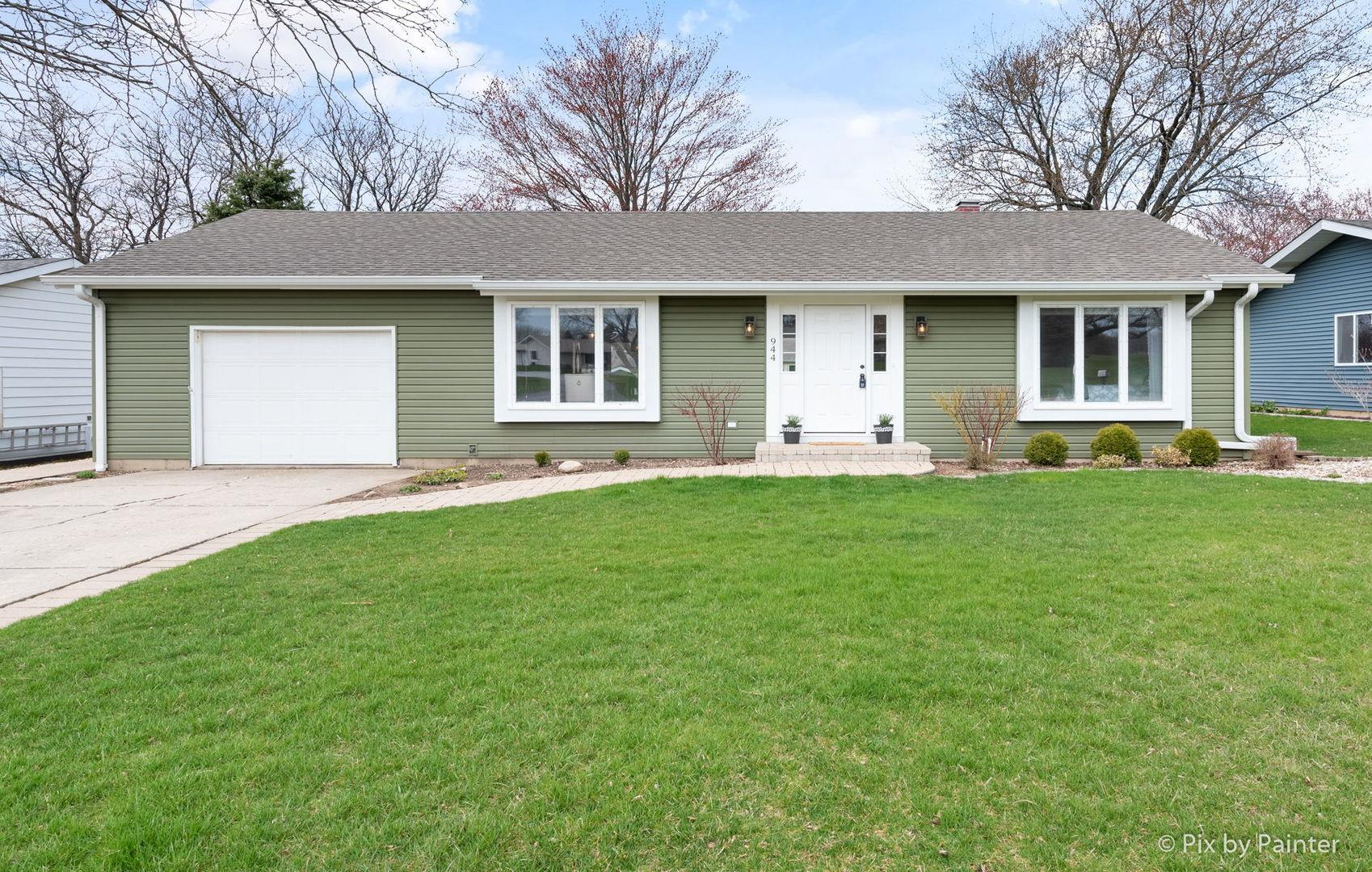 944 Wiltshire Drive, McHenry, IL 60050 - #: 10697154