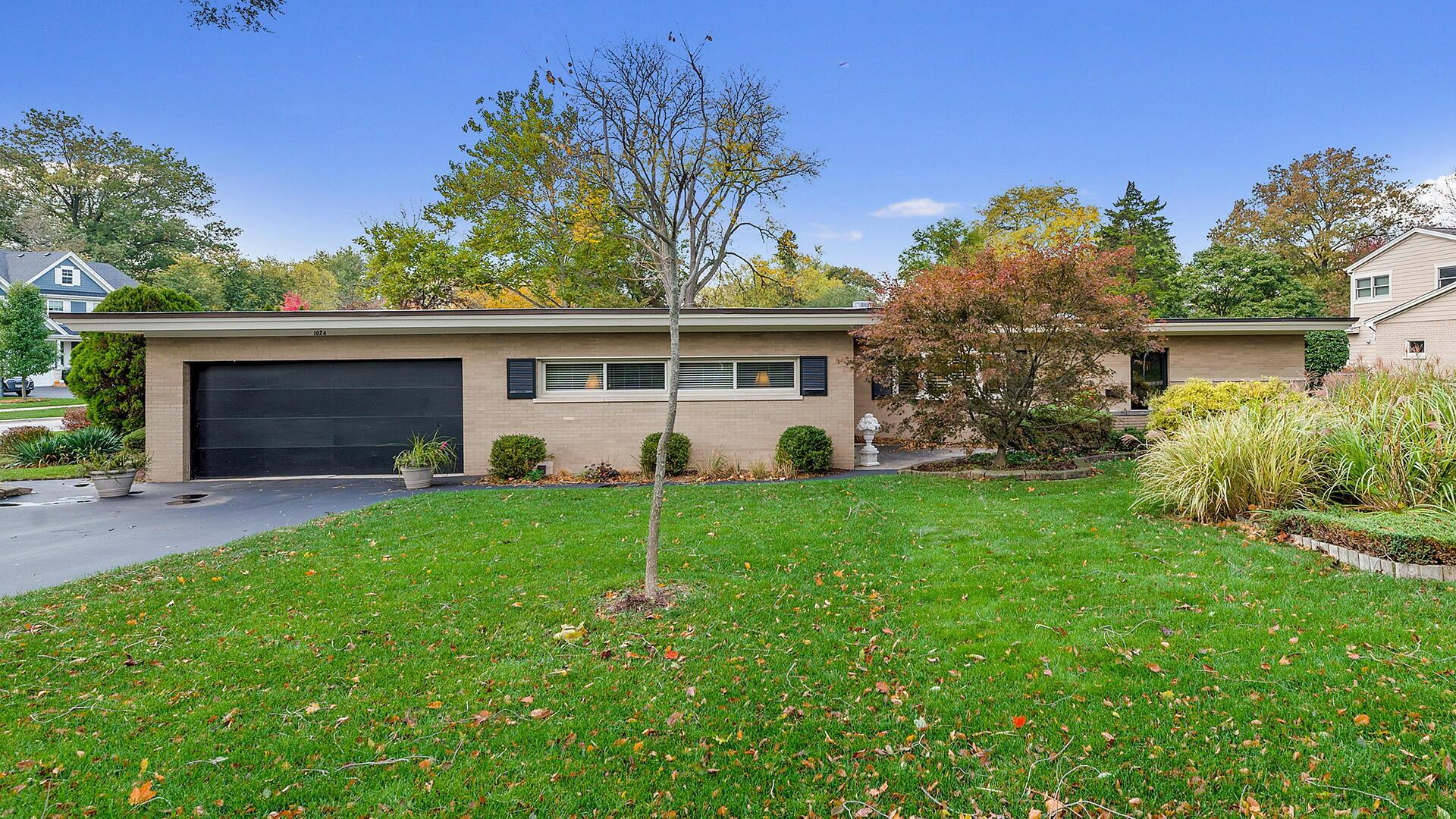 1024 Gamon Road, Wheaton, IL 60189 - #: 10912154