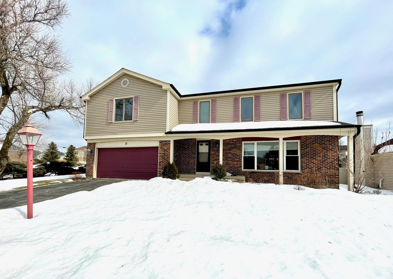 15 Andover Drive, Roselle, IL 60172 - #: 11003155