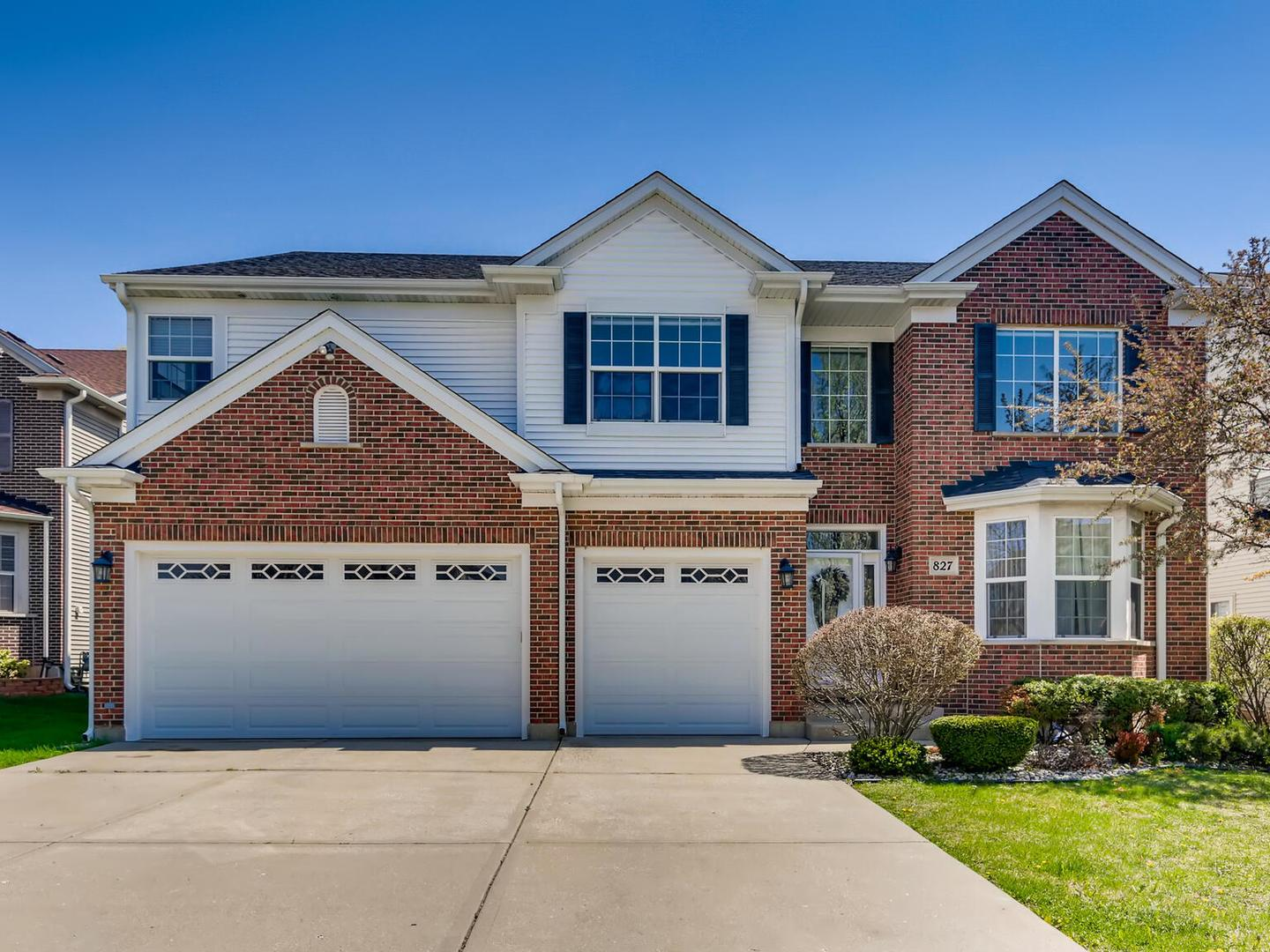 827 SARA Court, Elk Grove Village, IL 60007 - #: 11089156