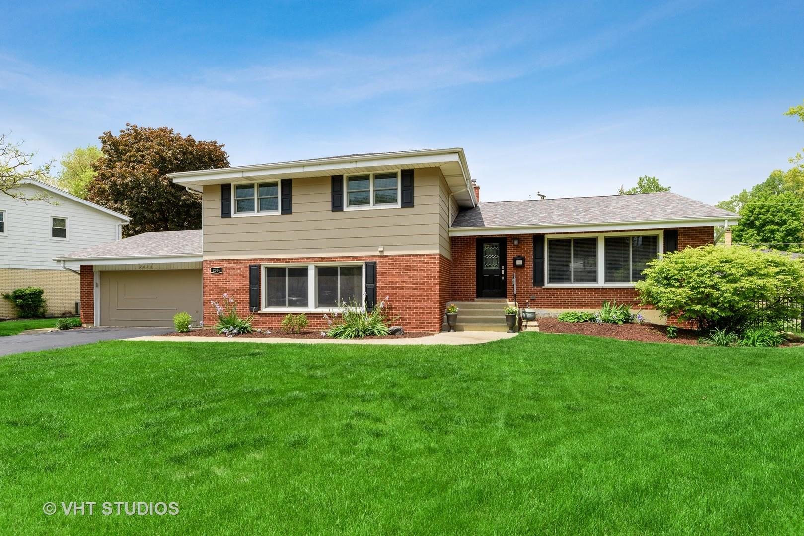 2024 E Fremont Court, Arlington Heights, IL 60004 - #: 10781161