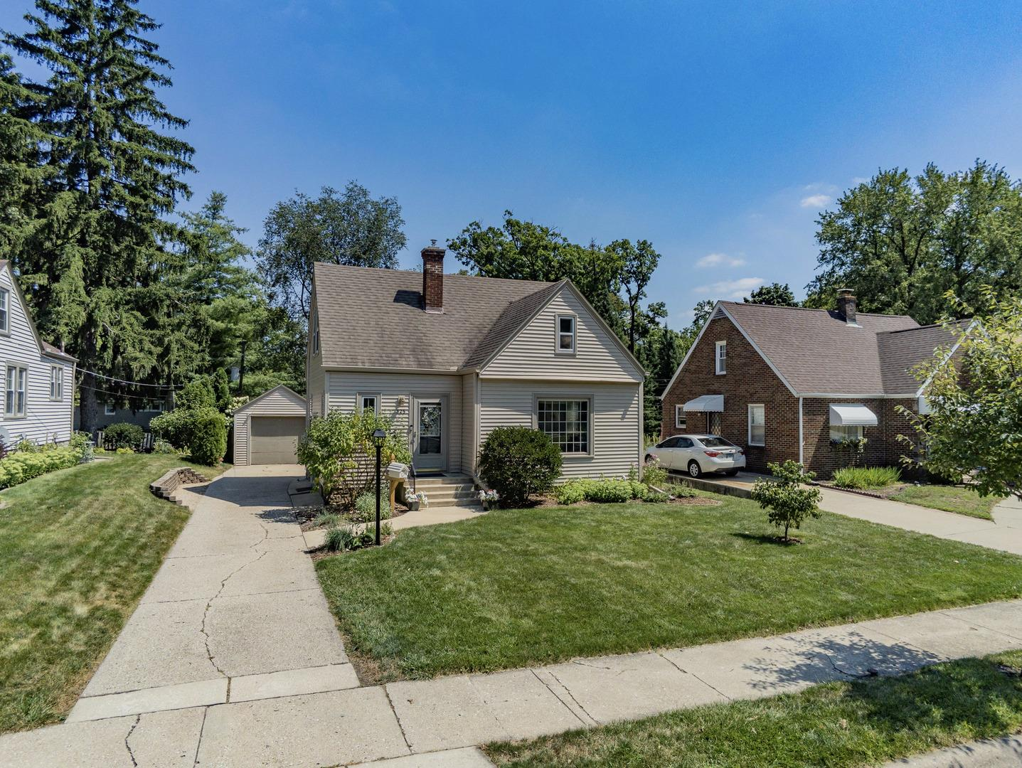 325 Oak Knolls Avenue, Rockford, IL 61107 - #: 10823167