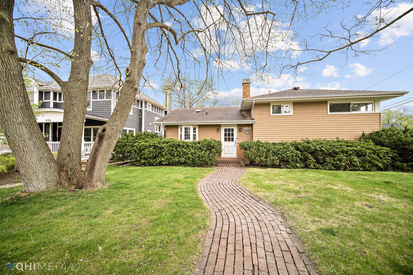 860 HIGHVIEW Avenue, Glen Ellyn, IL 60137 - #: 11070168