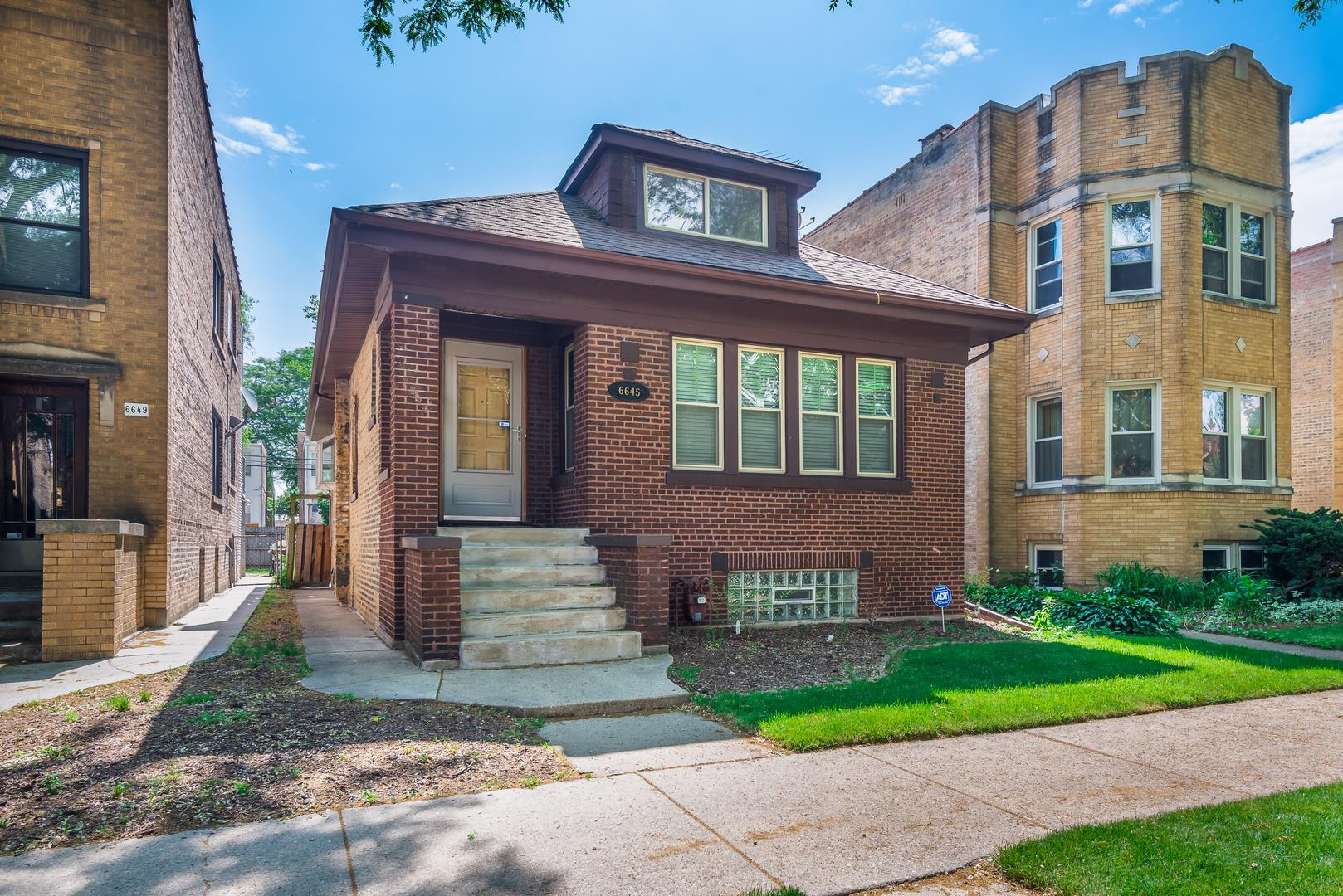 6645 N CAMPBELL Avenue, Chicago, IL 60645 - #: 11120168