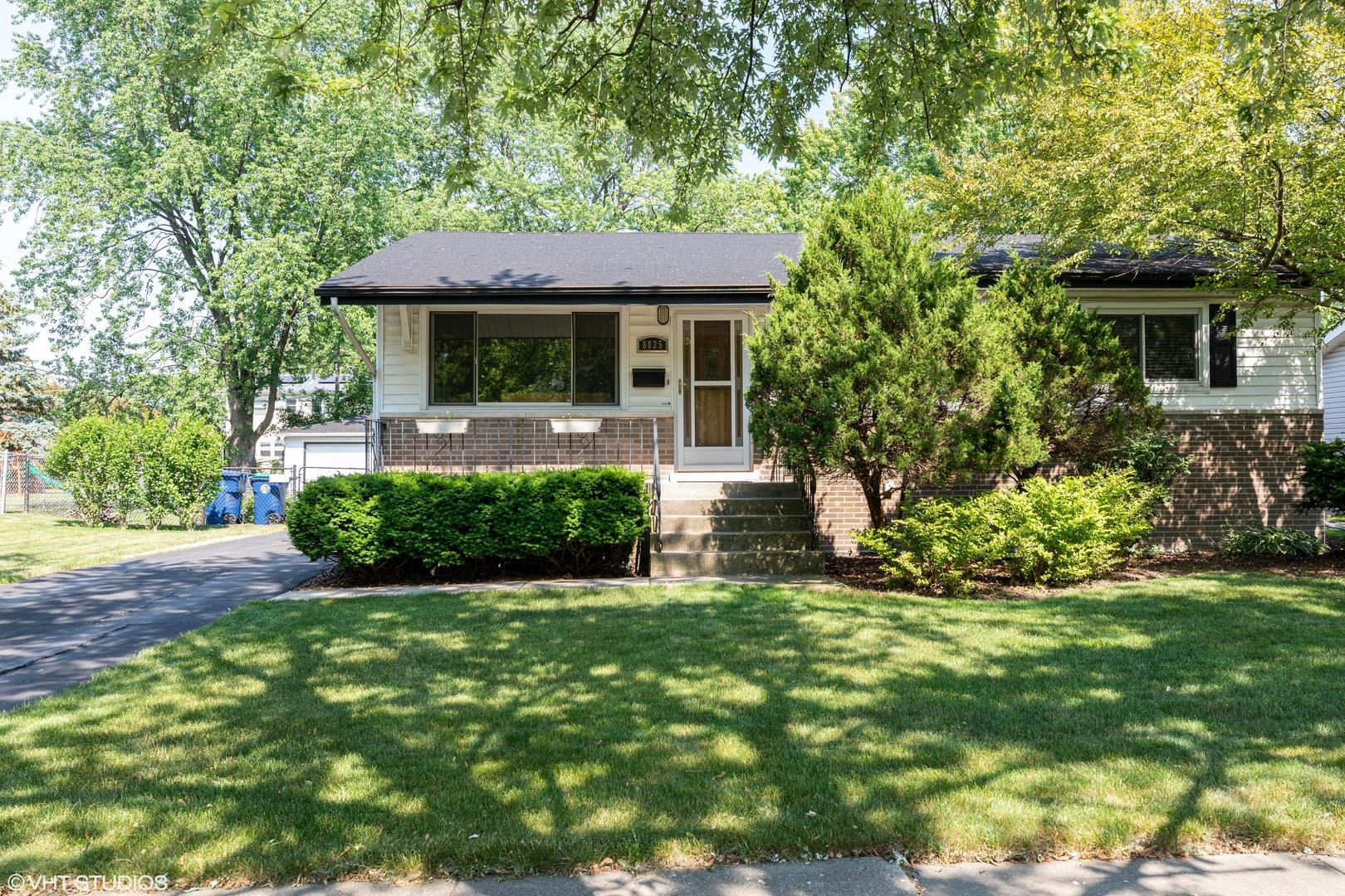 8825 S 84TH Court, Hickory Hills, IL 60457 - #: 10754170