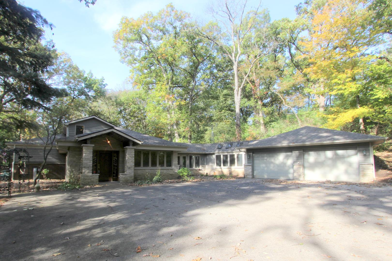 8411E  Crystal Springs, Woodstock, IL 60098 - #: 10552172