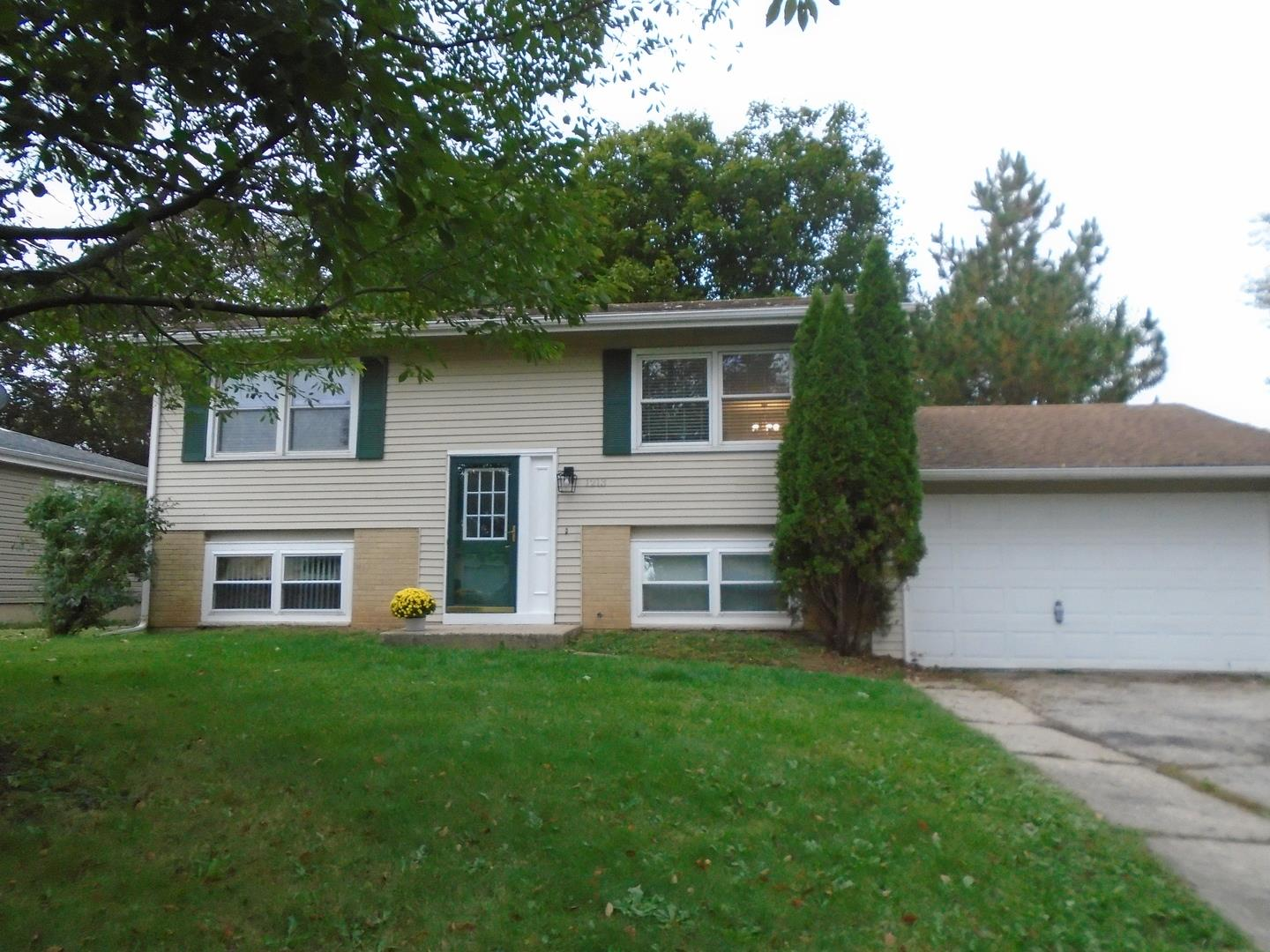 1213 Cherry Street, Lake in the Hills, IL 60156 - #: 10889174