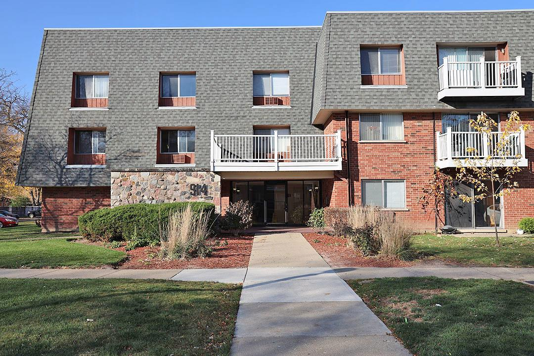 914 Ridge Square #120, Elk Grove Village, IL 60007 - #: 10928174