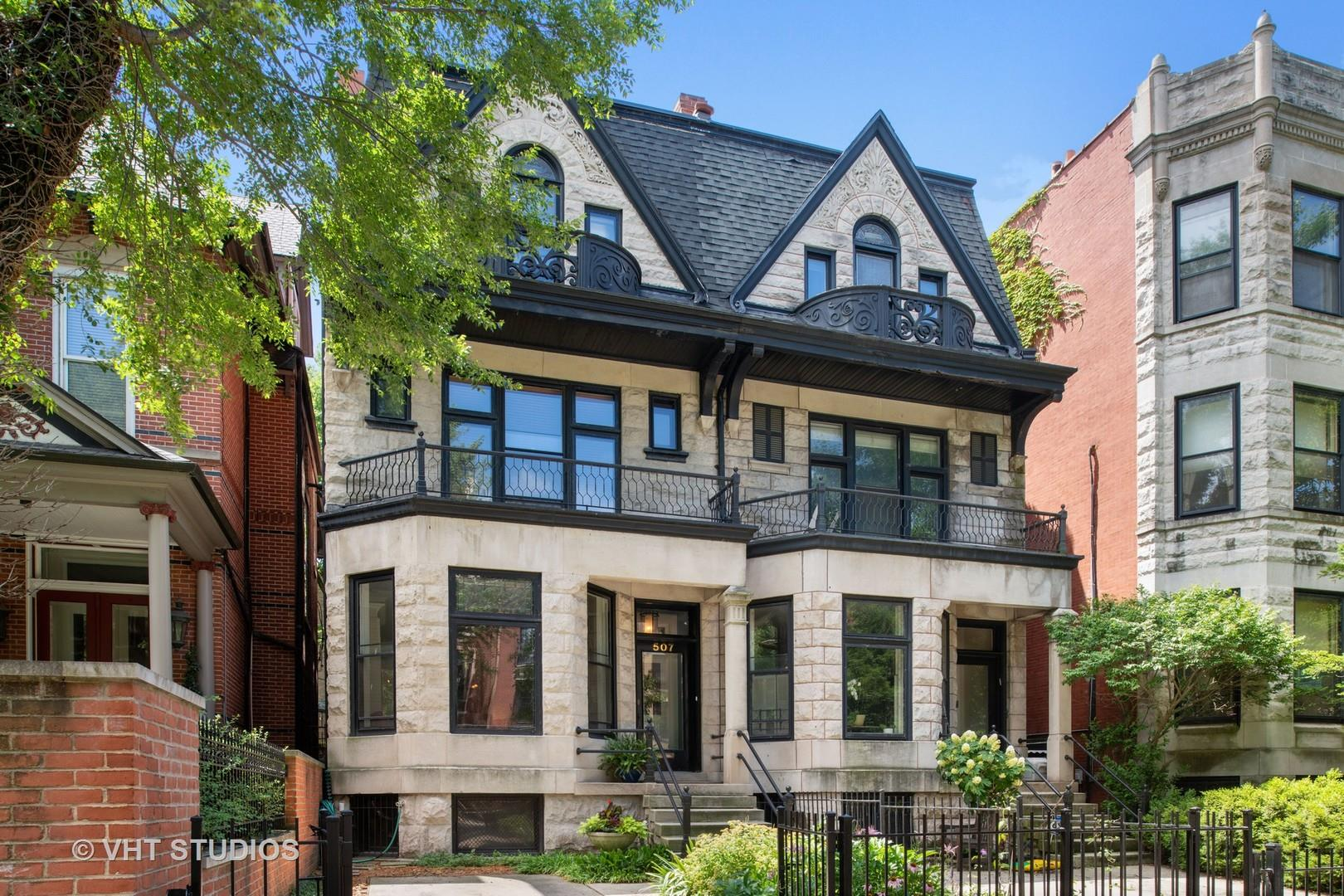 507 W BARRY Avenue, Chicago, IL 60657 - #: 10789175