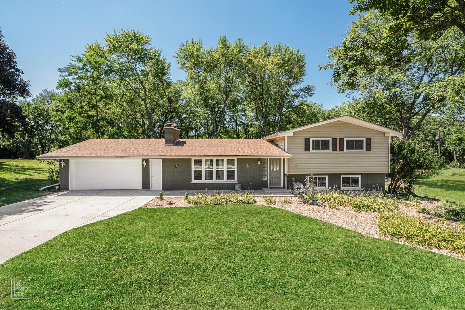 116 Sharon Drive, Sleepy Hollow, IL 60118 - #: 10827175