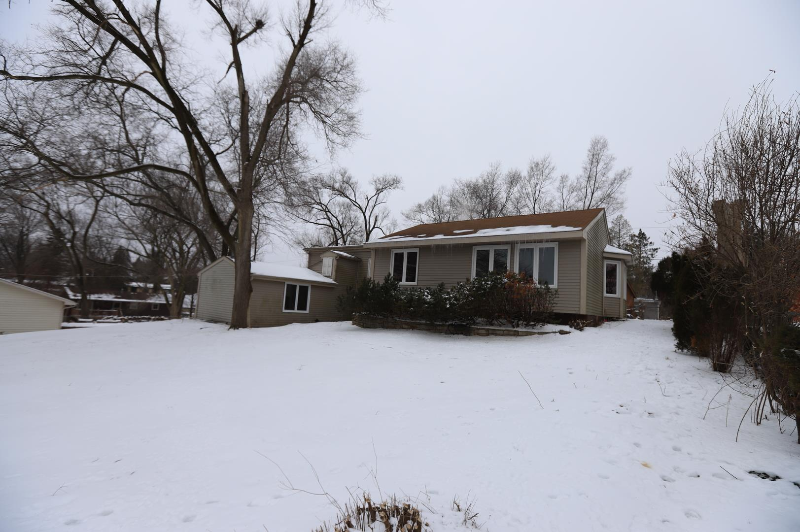 1207 Maple Street, Lake in the Hills, IL 60156 - #: 10969175