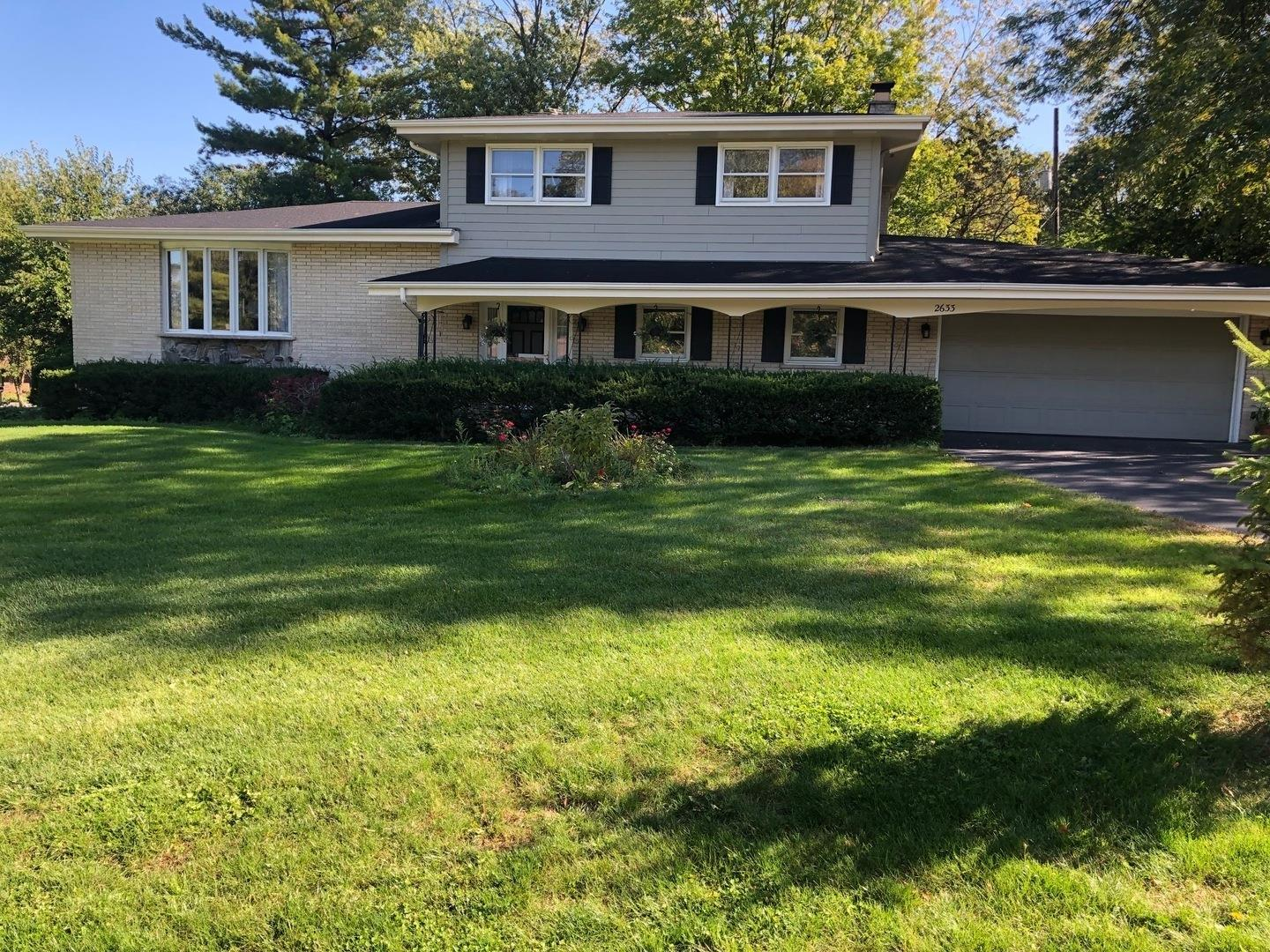 2633 Southcrest Drive, Downers Grove, IL 60516 - #: 10932180