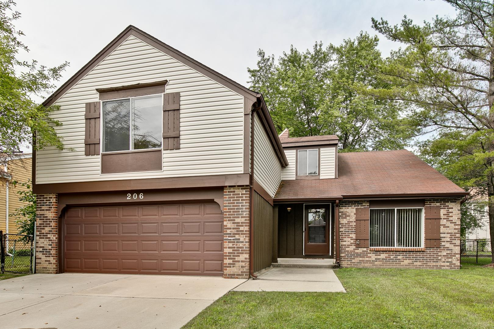206 April Avenue, Vernon Hills, IL 60061 - #: 10962182