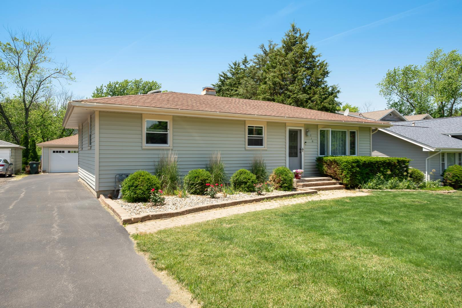 6210 Woodward Avenue, Downers Grove, IL 60516 - #: 11123185
