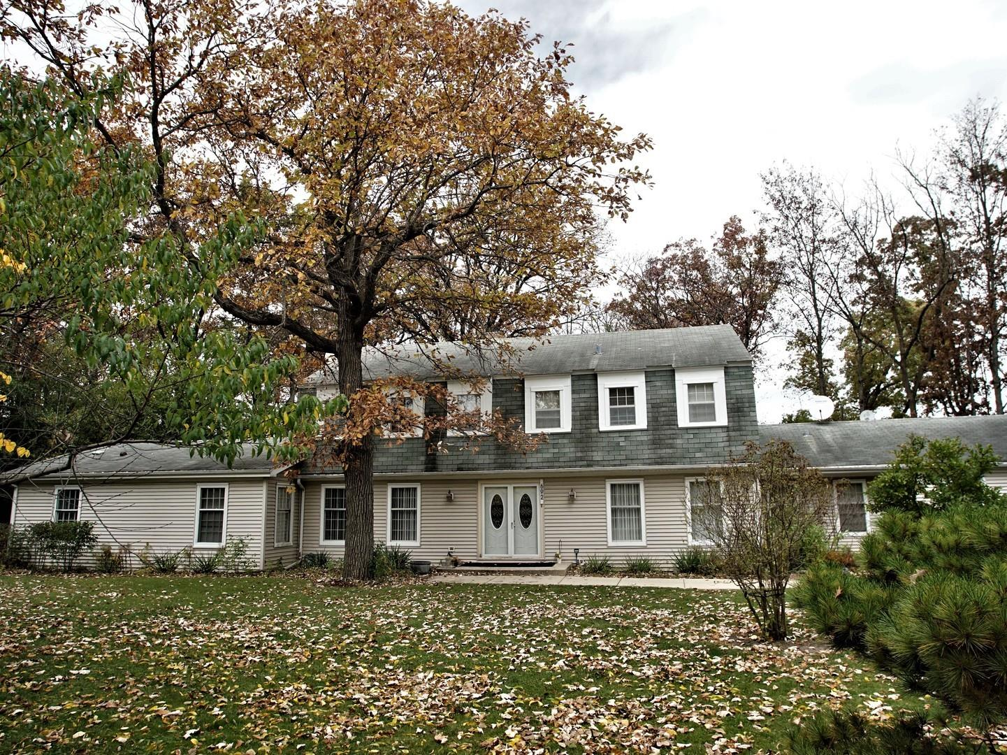 692 S WAUKEGAN Road, Lake Forest, IL 60045 - #: 10987193