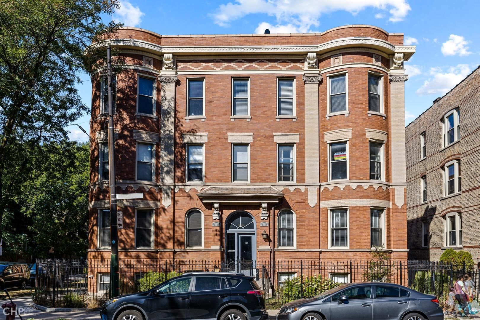 2734 N Kimball Avenue #1, Chicago, IL 60647 - #: 10862195