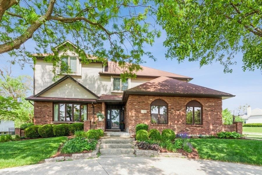8400 Willow West Drive, Willow Springs, IL 60480 - #: 11102198
