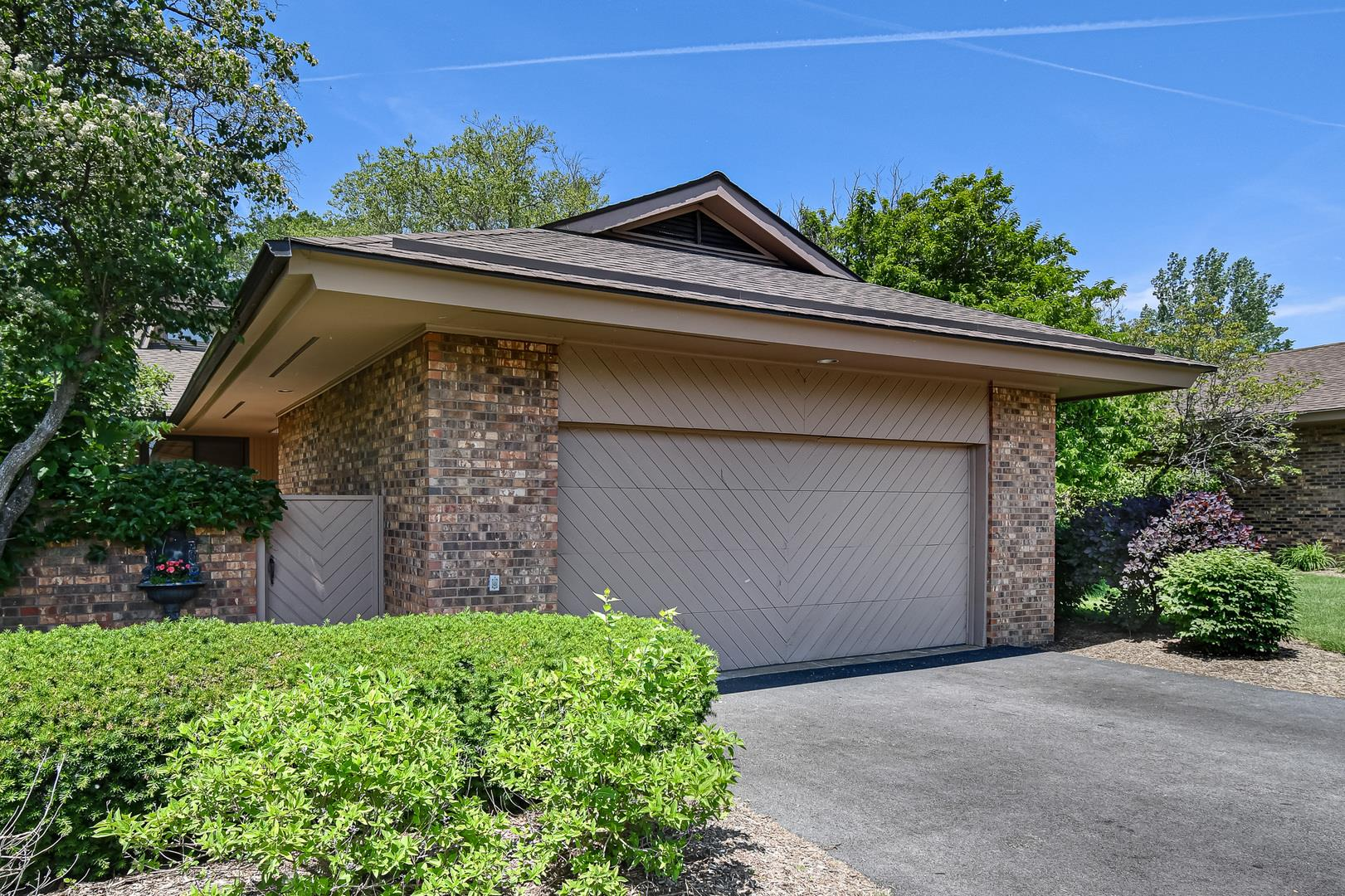 1210 Indian Trail Road, Hinsdale, IL 60521 - #: 11114198