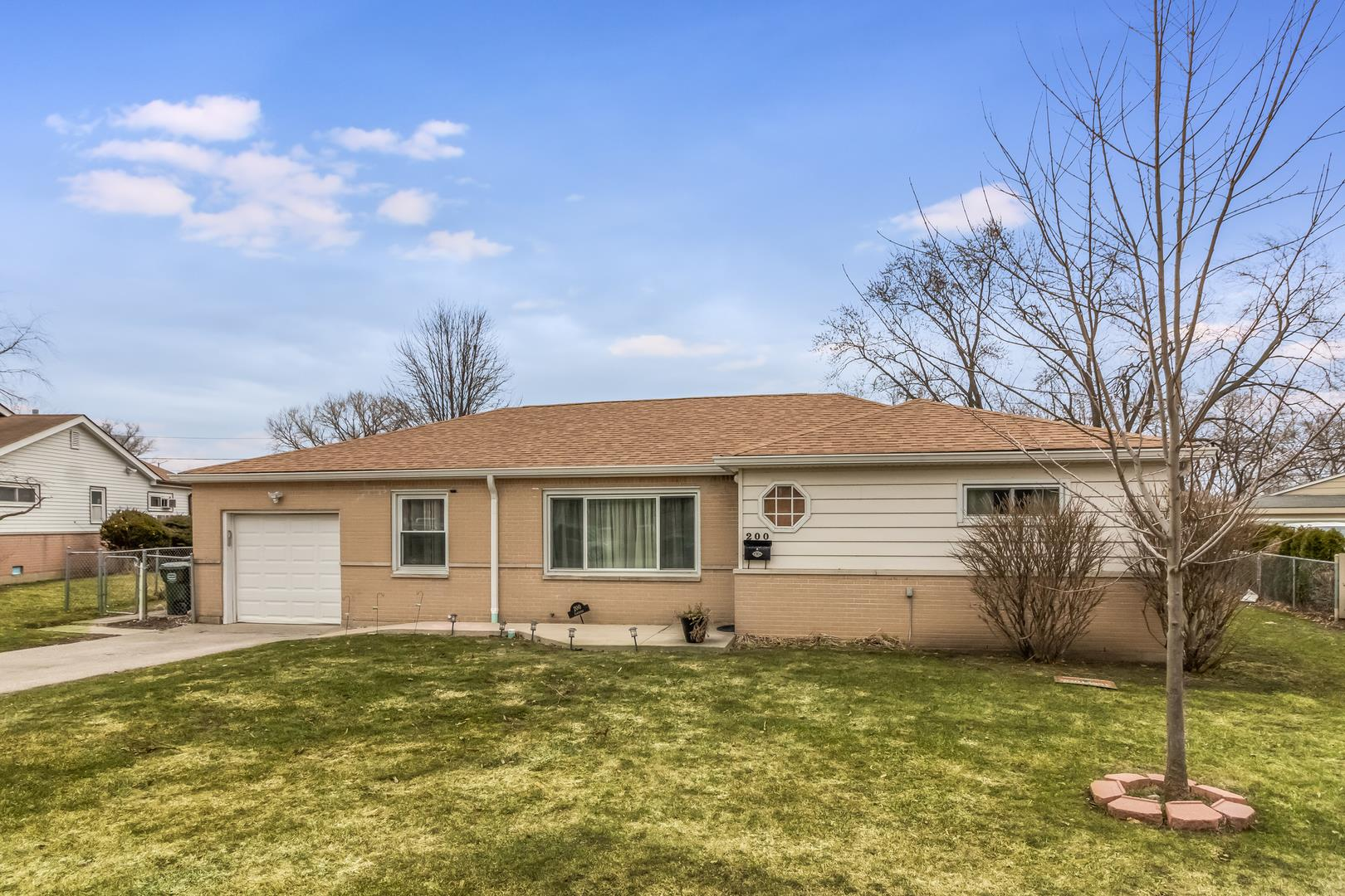 200 Carthage Lane, Hoffman Estates, IL 60169 - #: 11023199