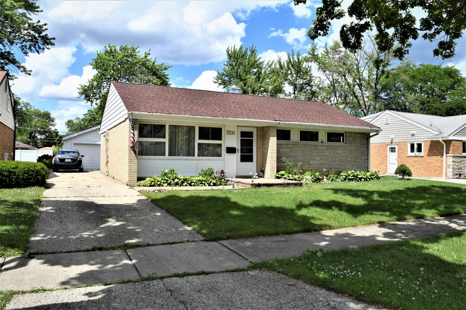 7500 Churchill Street, Morton Grove, IL 60053 - #: 10904205