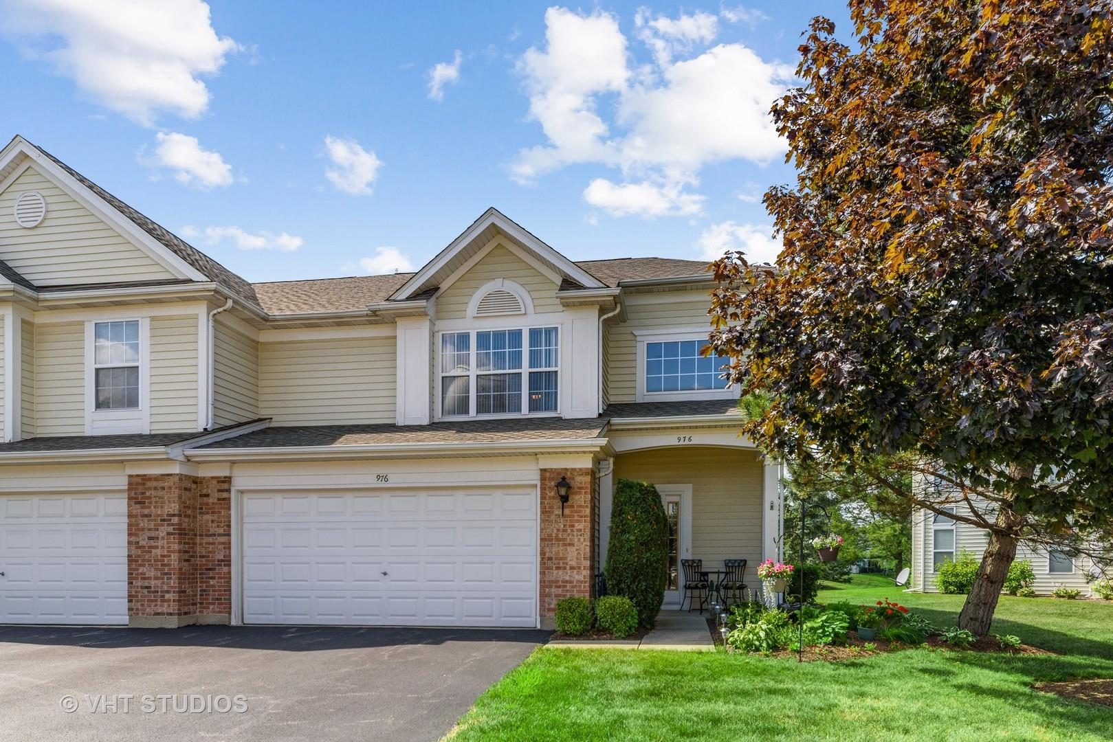 976 HUNTINGTON Drive #0, Elk Grove Village, IL 60007 - #: 10796206