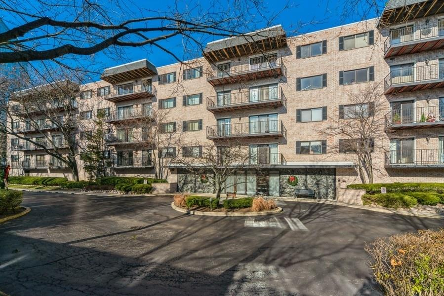 1S150 Spring Road #2H, Oakbrook Terrace, IL 60181 - #: 10969209