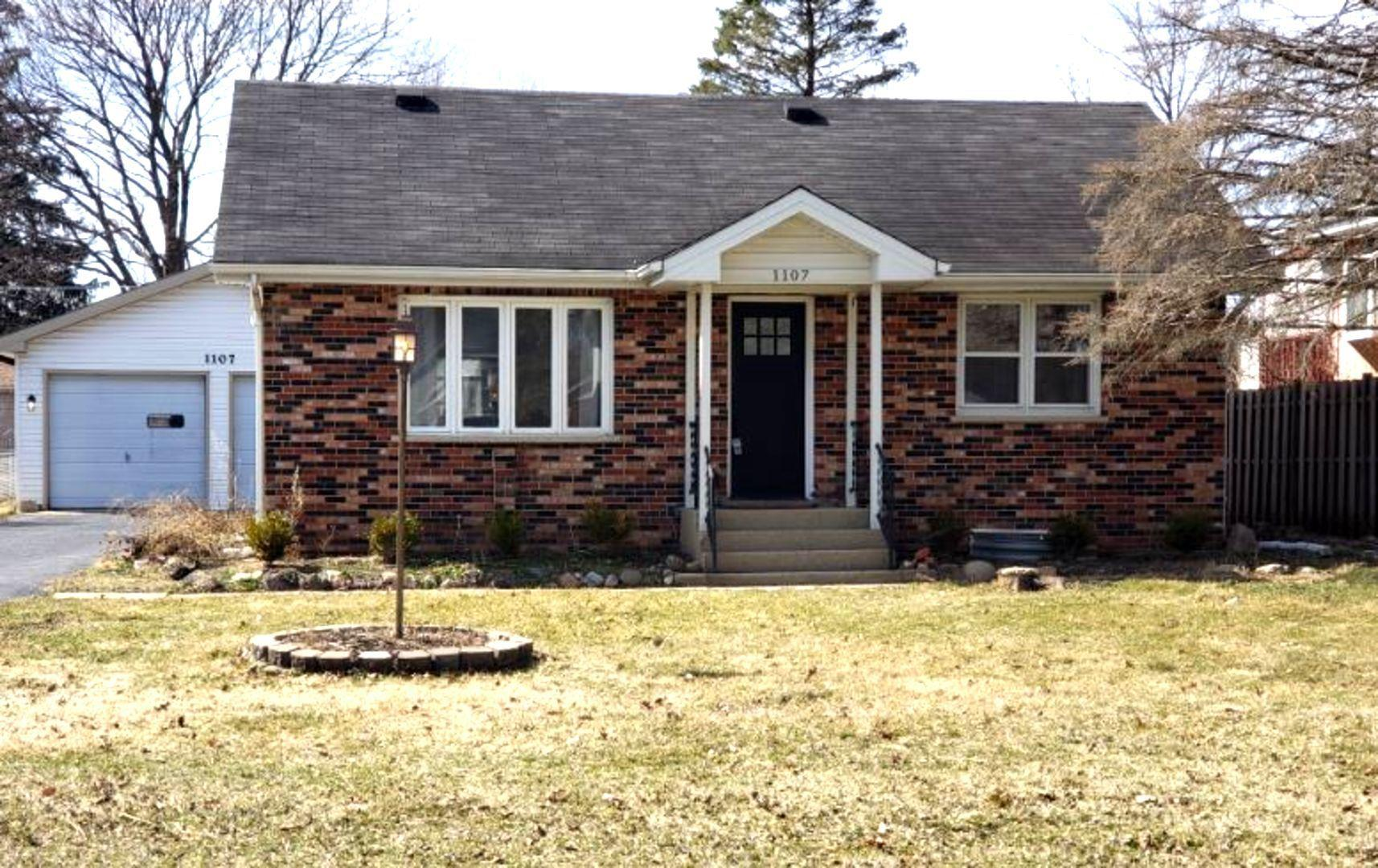 1107 MAPLE Street, Lake in the Hills, IL 60156 - #: 11028209