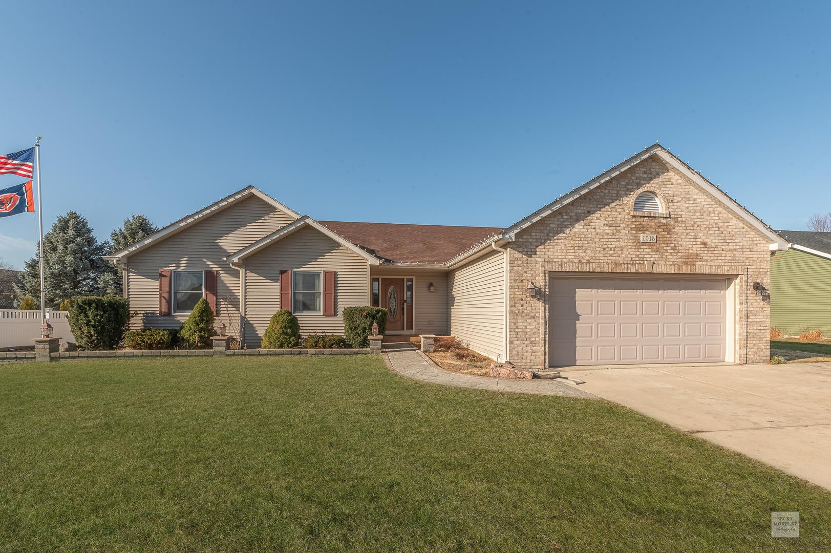 1015 Deer Run Trail, Sandwich, IL 60548 - #: 10955211