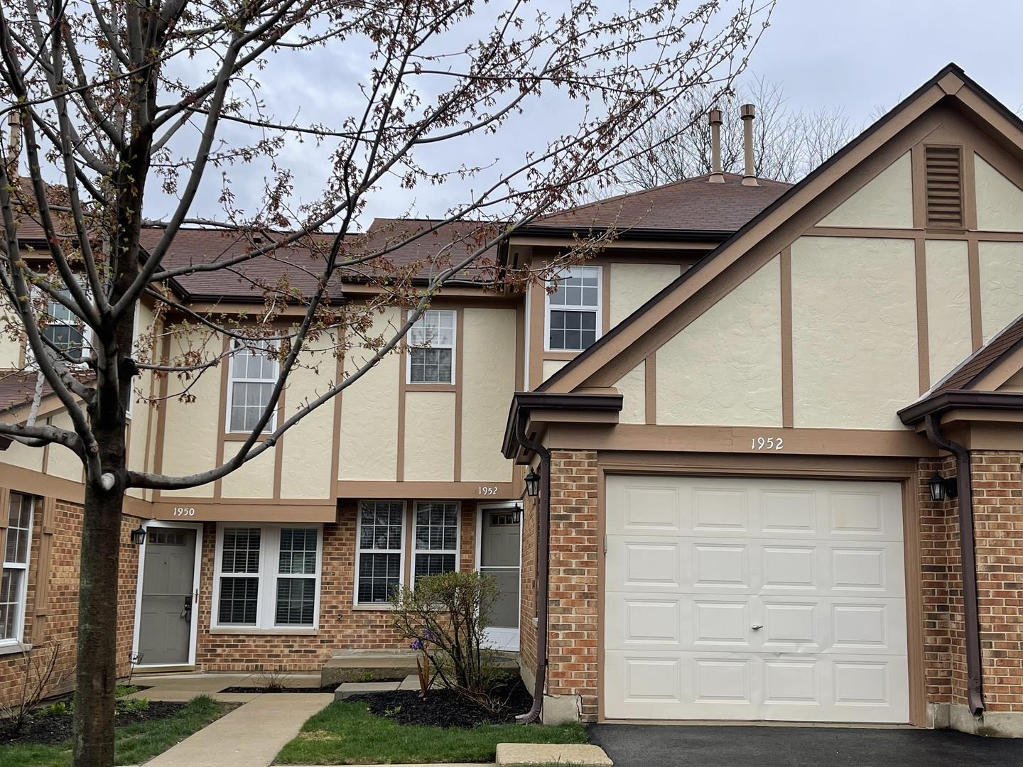 1952 Quaker Hollow Lane, Streamwood, IL 60107 - #: 11046211