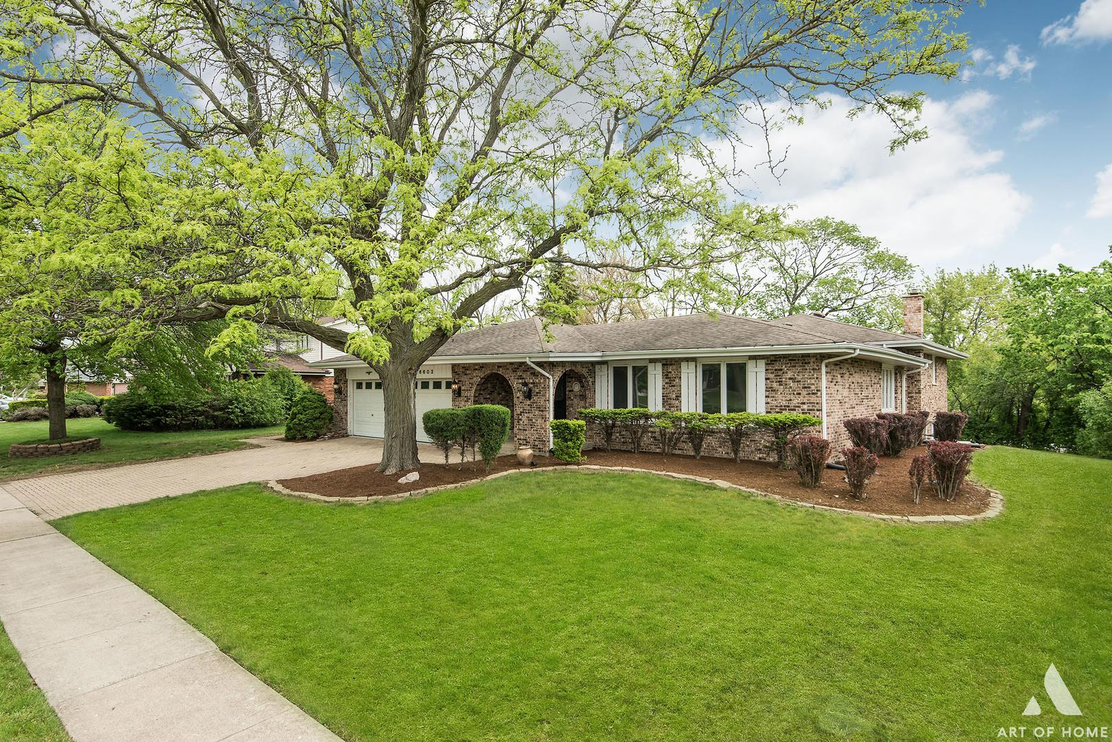 6603 Chaucer Road, Willowbrook, IL 60527 - #: 11094216