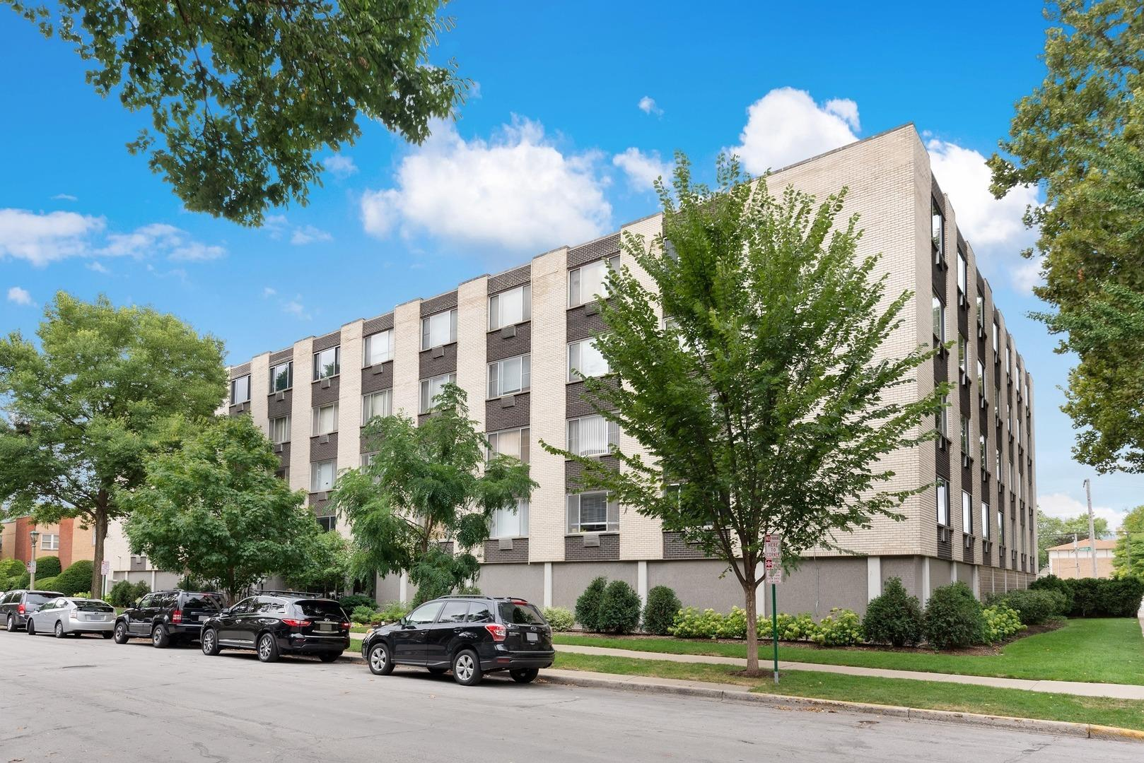201 S Maple Avenue #207, Oak Park, IL 60302 - #: 10886217