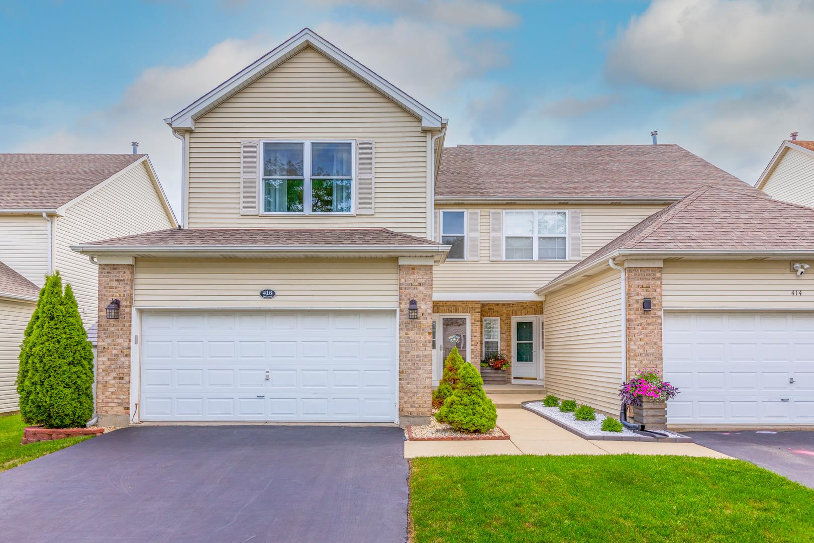 416 Grace Drive #416, Lake in the Hills, IL 60156 - #: 11158217