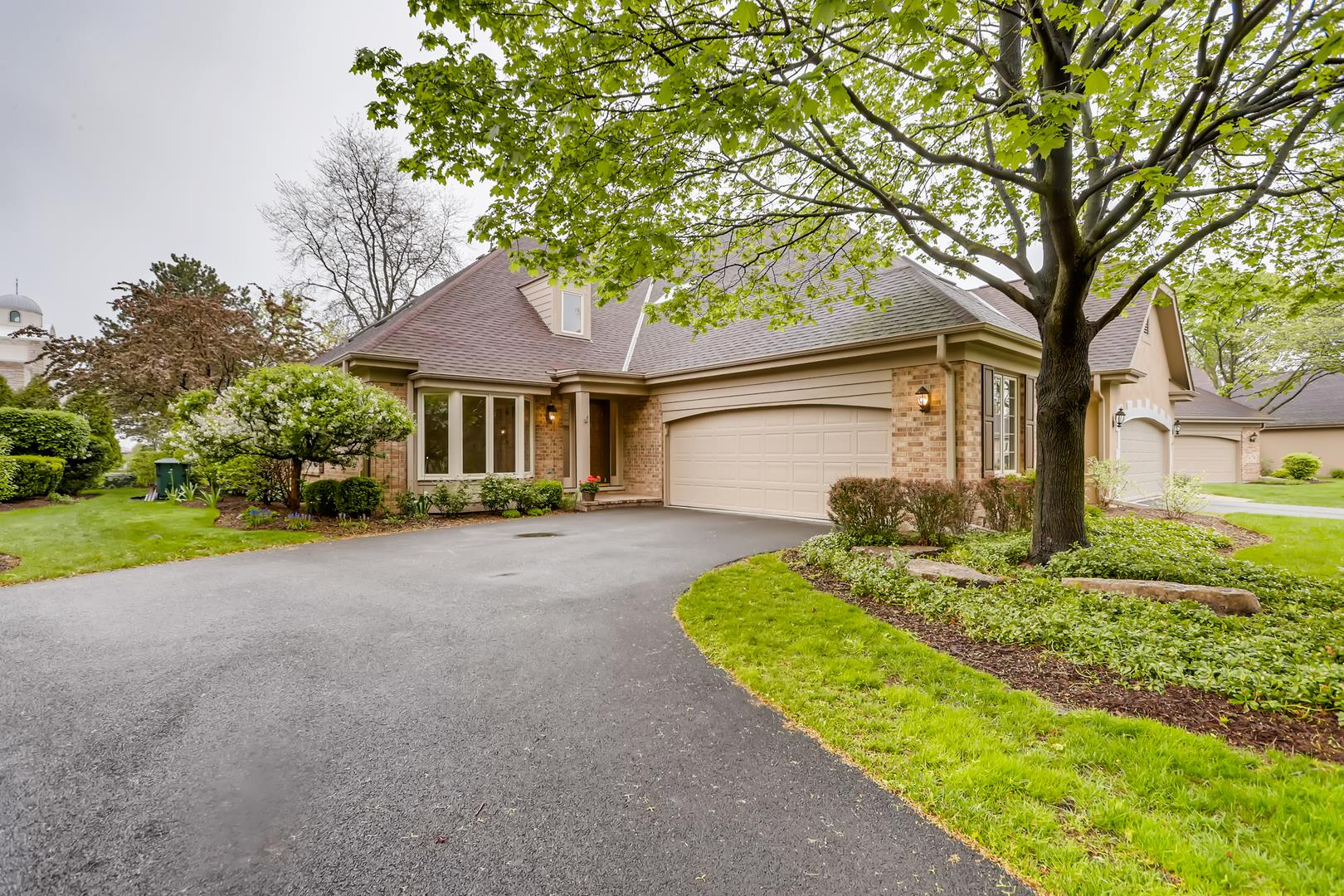 20 Pine Tree Lane, Burr Ridge, IL 60527 - #: 11076218