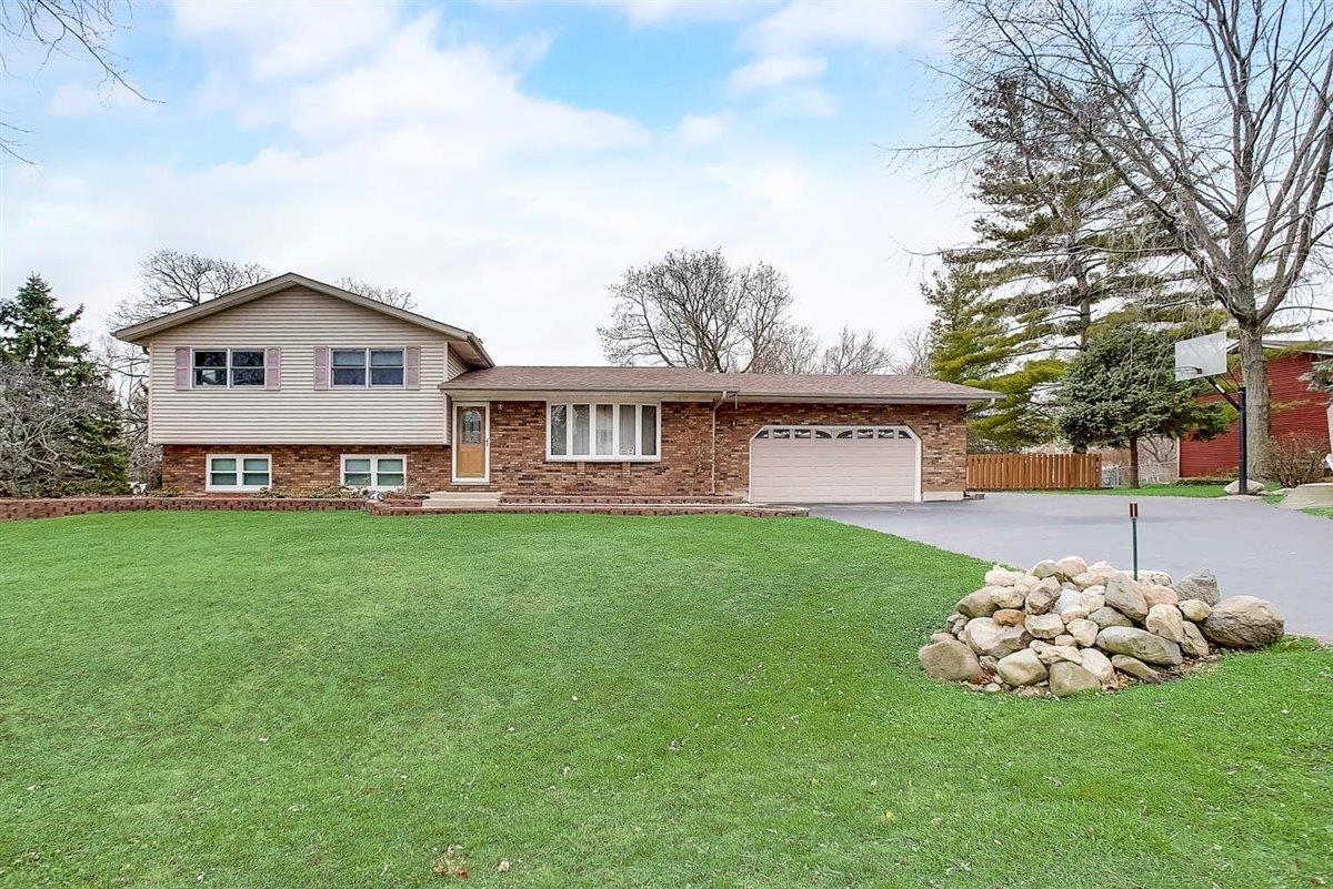 1801 Lakeview Street, Johnsburg, IL 60051 - #: 10949221