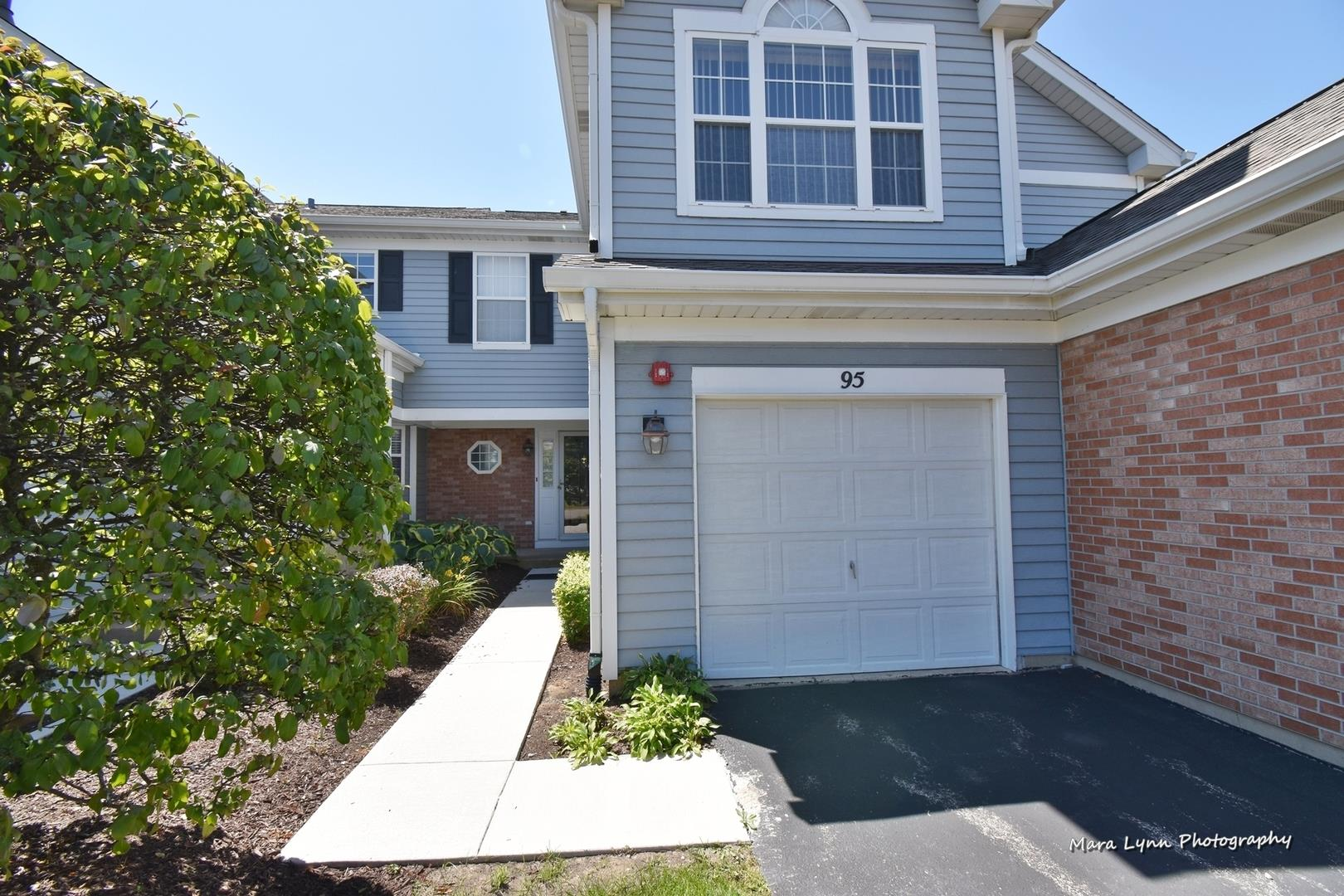 95 Shorewood Drive #95, Glendale Heights, IL 60139 - #: 10836228