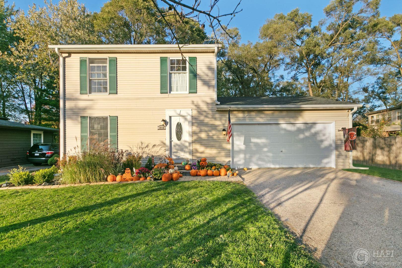 1712 Brentwood Lane, McHenry, IL 60050 - #: 10907234