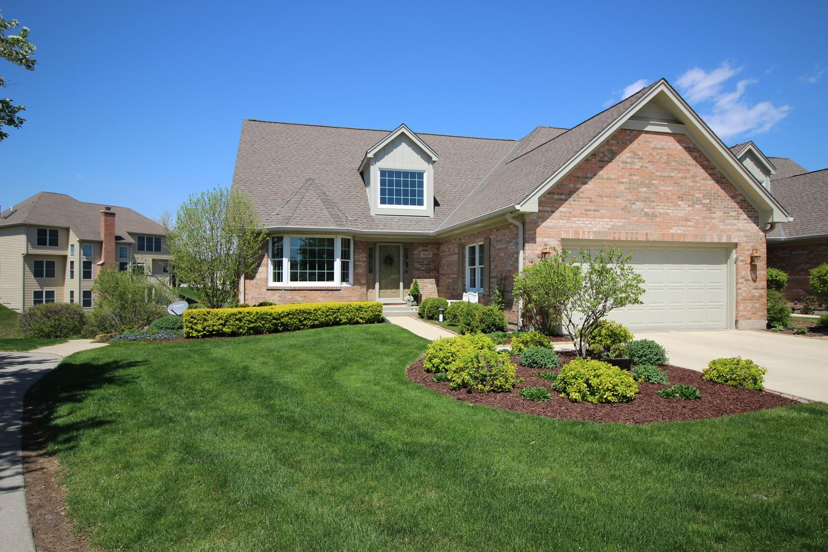 969 Plantain Court, Crystal Lake, IL 60014 - #: 10985235