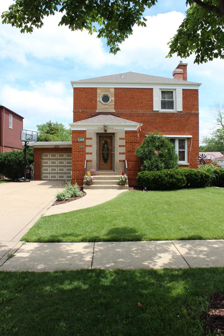 1353 Hull Avenue, Westchester, IL 60154 - #: 11140235
