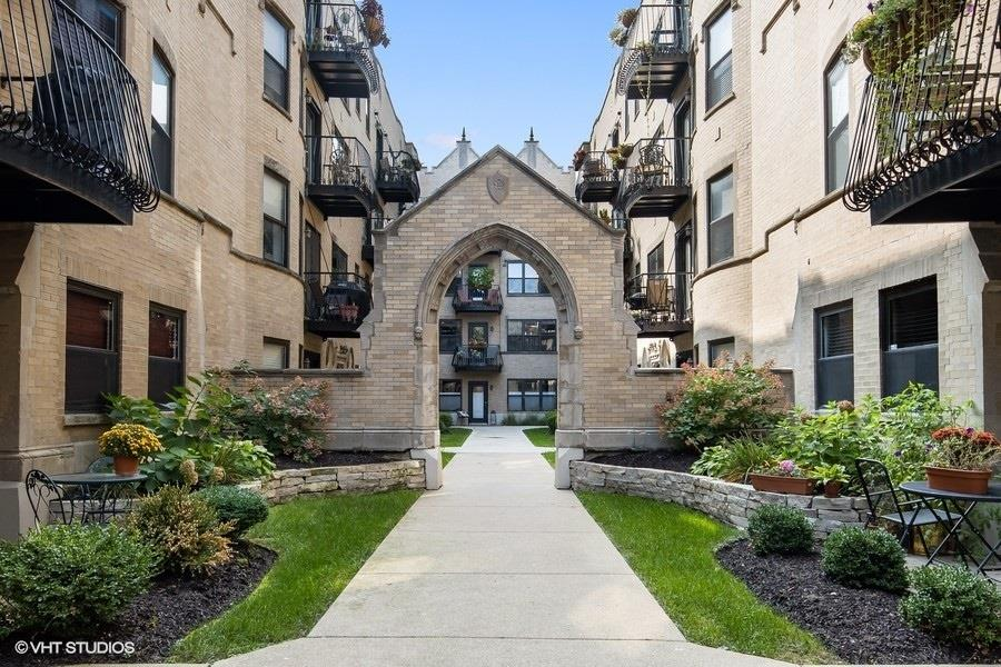 4434 N Damen Avenue #1E, Chicago, IL 60625 - #: 10861237