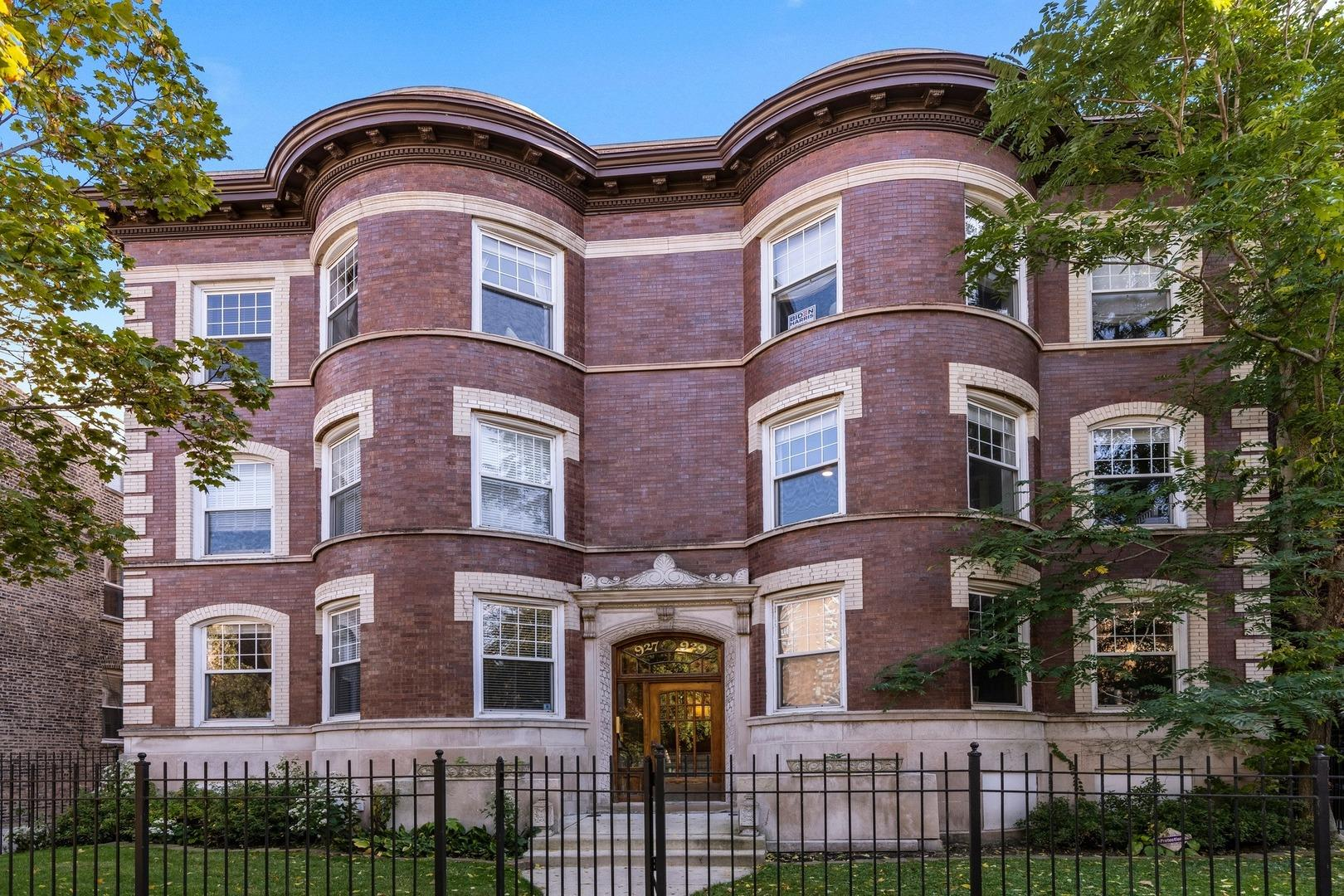 927 W BELLE PLAINE Avenue #3, Chicago, IL 60613 - #: 10906241