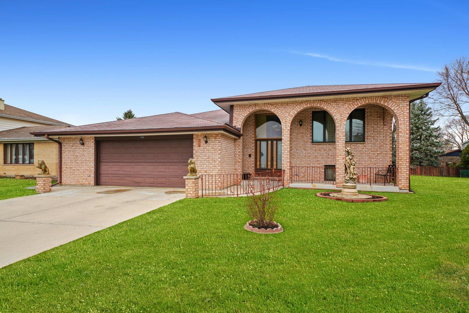 1420 W Russell Court, Arlington Heights, IL 60005 - #: 11046245