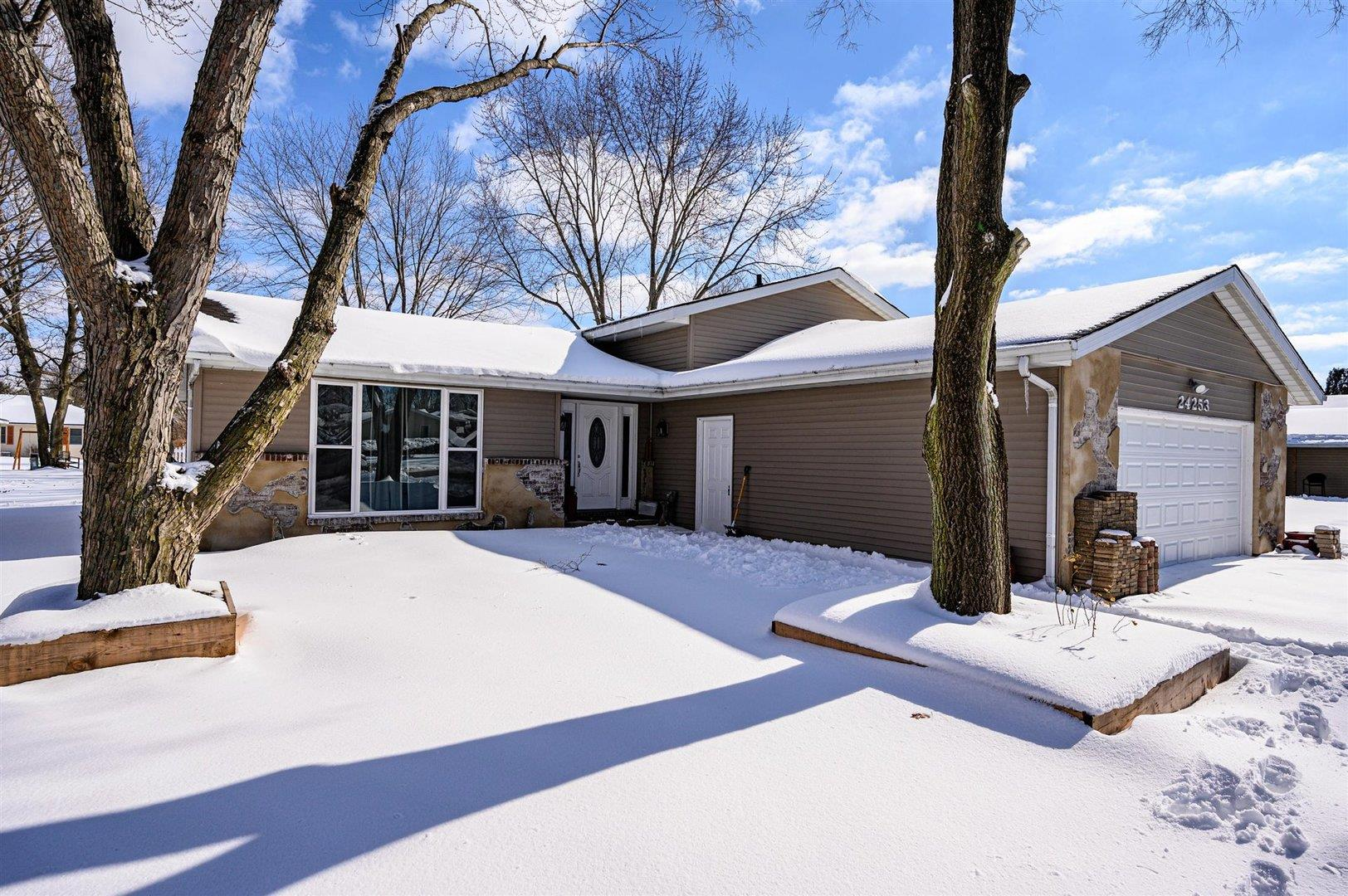 24253 Marble Road, Channahon, IL 60410 - #: 10986246