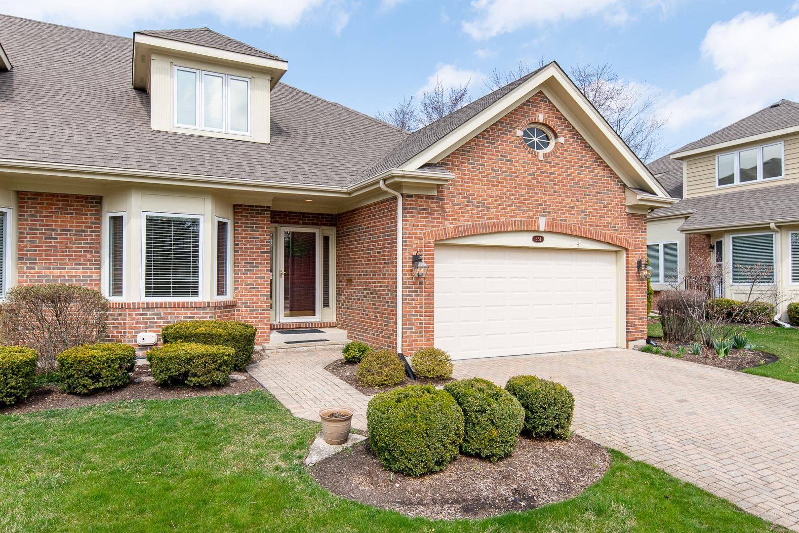 851 Pinegrove Court, Wheaton, IL 60187 - #: 10859249